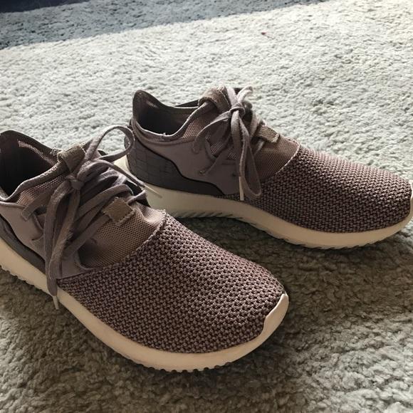 le adidas donne dusty viola tubulare, scarpe poshmark